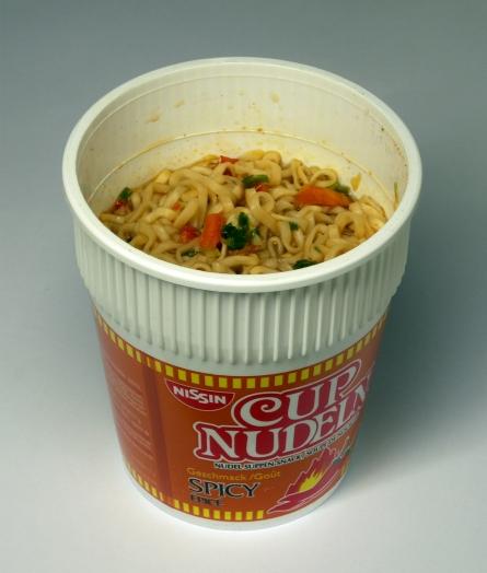 Cup-Noodles-2